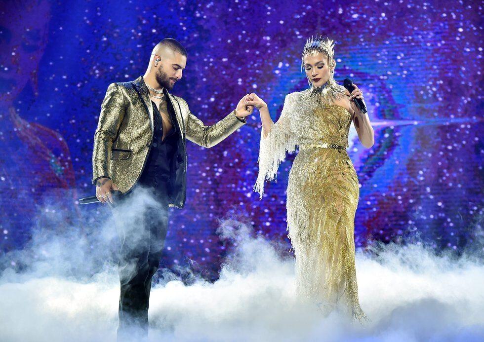 Jennifer López y Maluma cantaron juntos en Nueva York