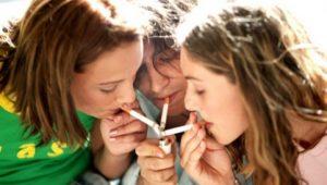 Senado vota ley para frenar consumo de tabaco y contrarrestar crisis por consumo de cigarro electrónico