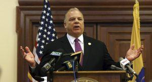 Sweeney se convierte en el Presidente del Senado con más periodos consecutivos en el mandato