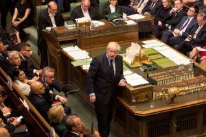 La reina Isabel II aprueba la ley sobre el 'brexit'