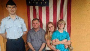 Exmarine de Estados Unidos podría ser deportado después de descubrir que no es ciudadano