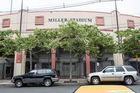 Funcionarios de West New York participan en la inauguración de renovaciones del estadio Miller por $ 2 millones