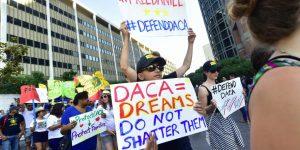 Corte de EE. UU. mantiene programa que ampara a jóvenes migrantes