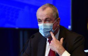 """Gobernador Murphy ordena usar """"tapabocas"""" en sitios publicos"""