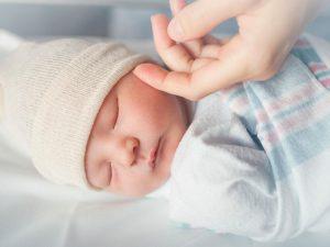 Proyecto de Ley de Ruiz y Cunningham abordará Sesgo Racial Implícito en Atención Médica Prenatal