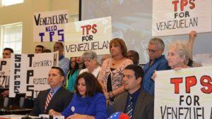 Menéndez, Durbin, Schumer le Insisten al Presidente Trump que Otorgue TPS a Venezolanos