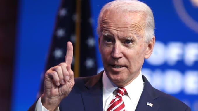 Biden anunciará este martes los primeros miembros de su gabinete