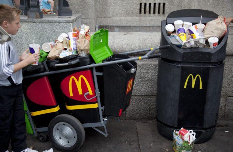 Colocan cámaras en la basura de los McDonald's por una buena razón