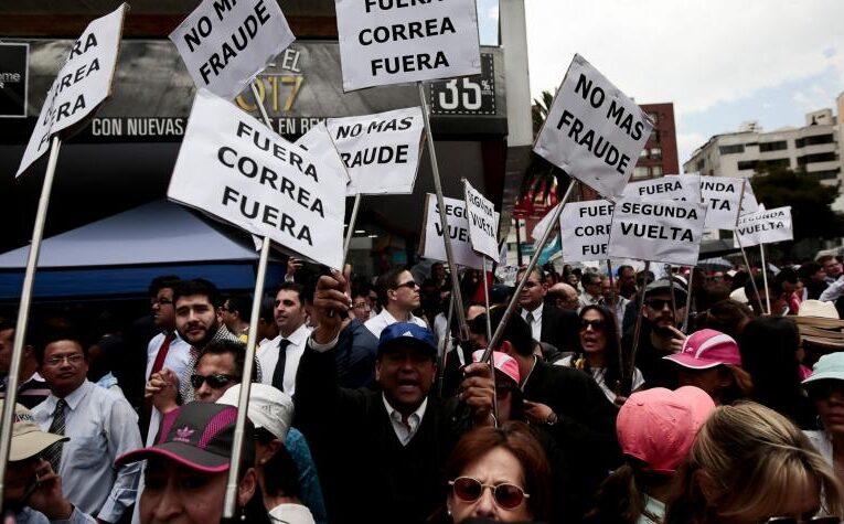 Revuelo en Ecuador: Arauz y Lasso pasan a segunda vuelta